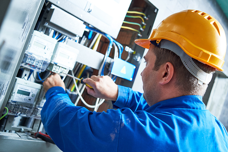 Become An Electrician in Blackburn Lancashire
