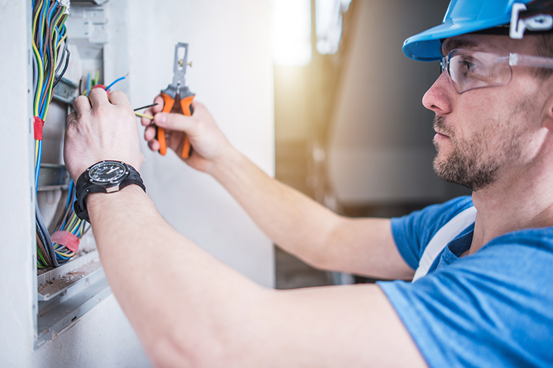 Electrician Qualifications in Blackburn Lancashire