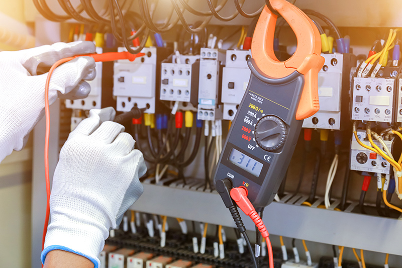 How To Become An Electrician in Blackburn Lancashire